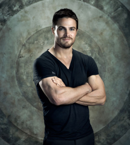 367px-Oliver_Queen_on_a_target_background
