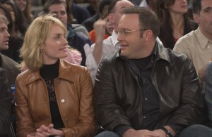 still-of-amber-valletta-and-kevin-james-in-hitch-consilier-in-amor-(2005)-large-picture